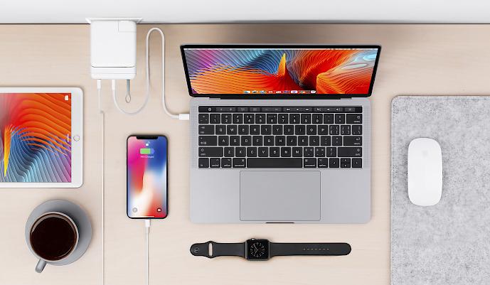 HyperDrive USB-C rozbočovač pro adaptér Apple 87W a MacBook Pro 15 palců