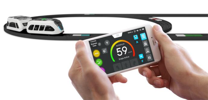 Intelino Smart Train – Chytrý nabíjecí elektrický vláček s dráhou ovládaný přes aplikaci