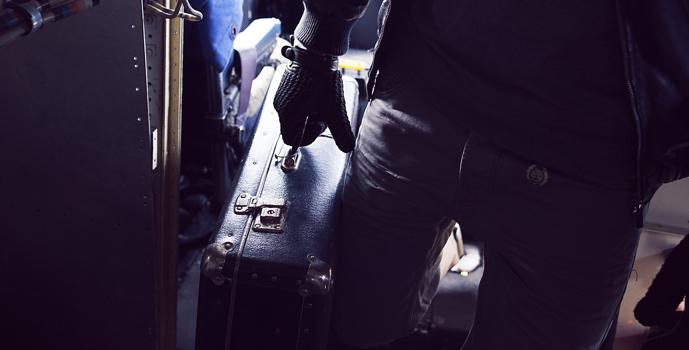 MUJJO Kožené háčkované dotykové rukavice - velikost 9 - černé MUJJO ... 2cf7caf4bf