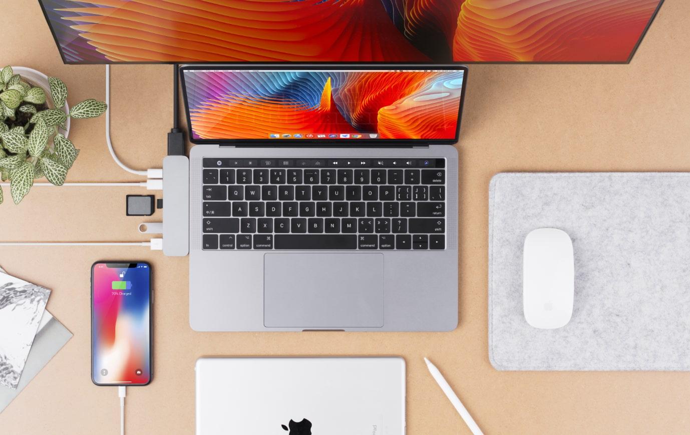 HyperDrive DUO 7 ve 2 USB-C Hub na MacBook Pro / Air
